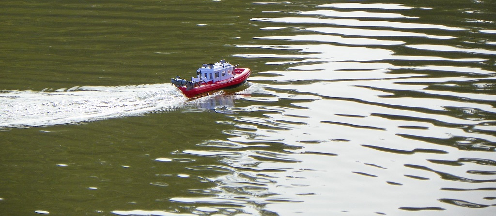 Picture of New Arduino Bluetooth RC Boat