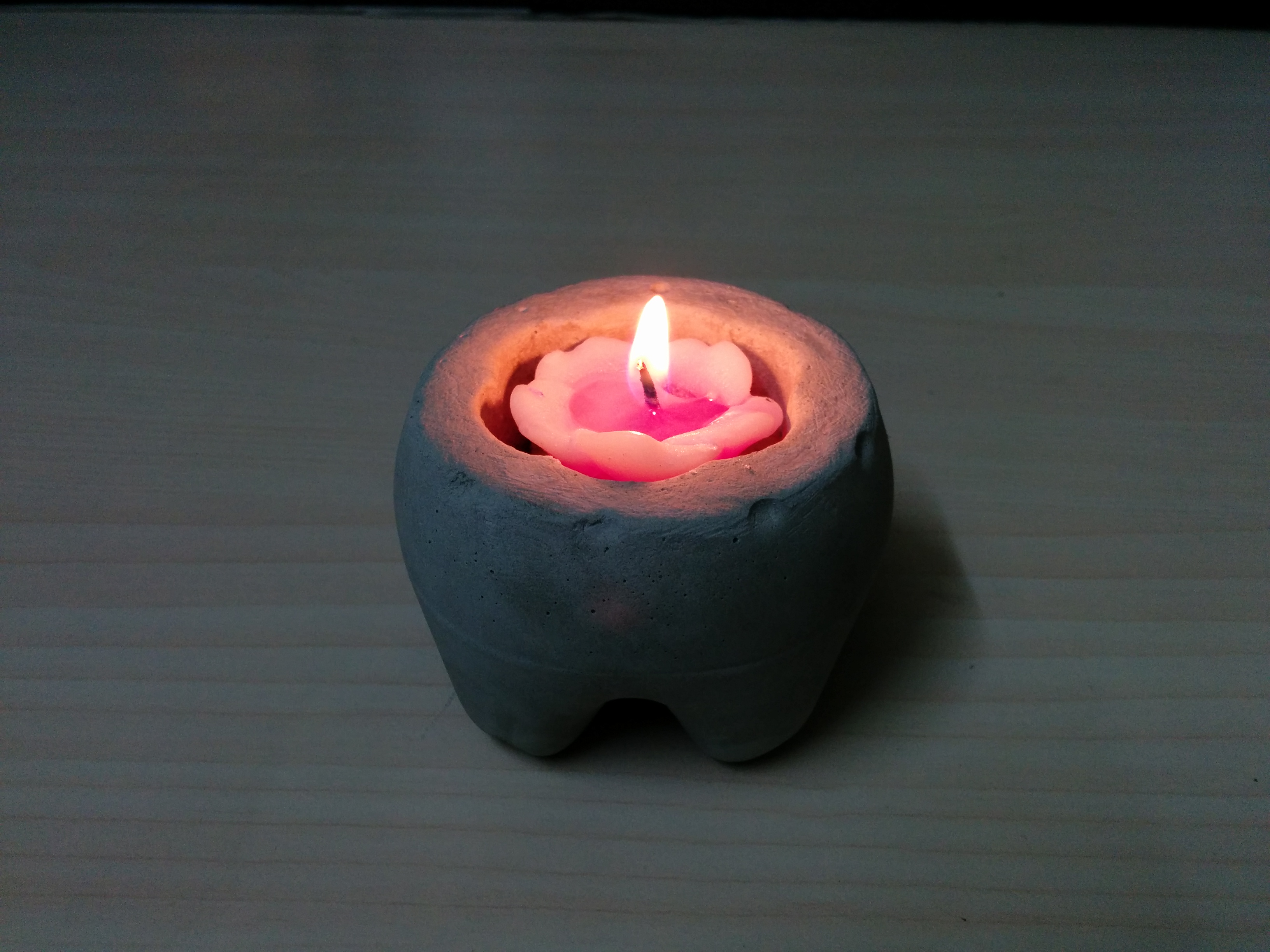 Picture of CEMENT CANDLE HOLDER