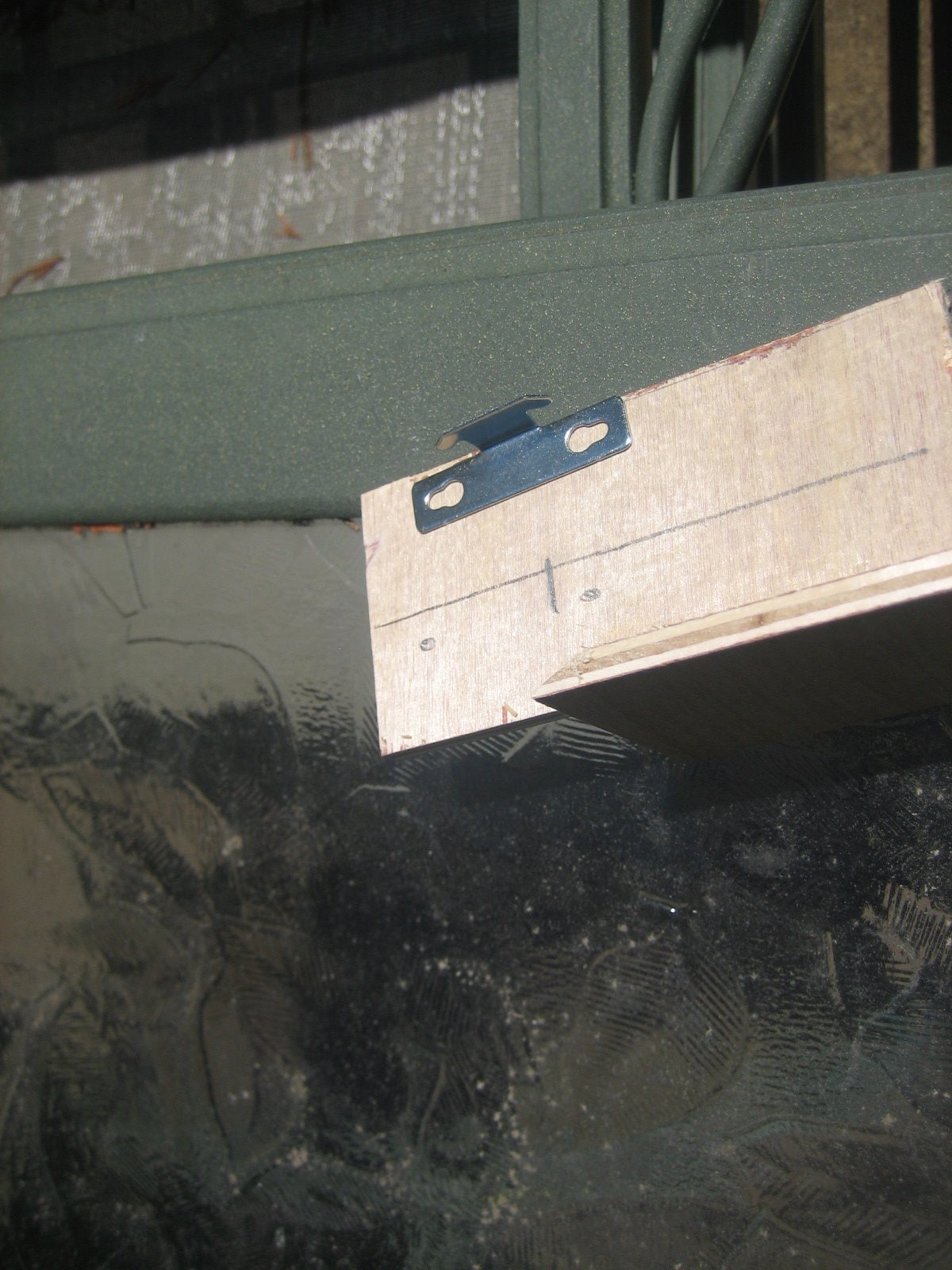 Picture of MARKING THE CLIP LOCATION