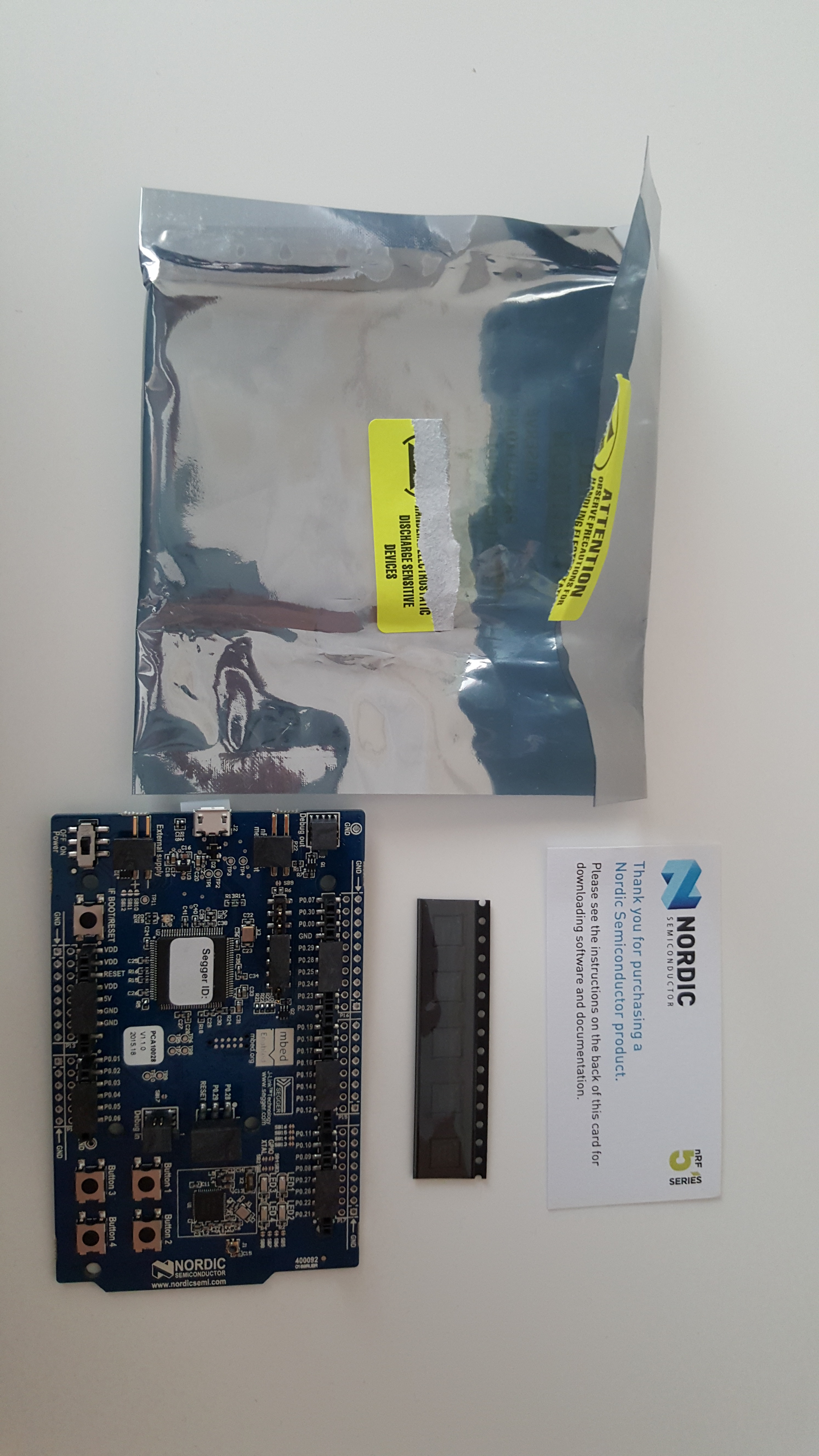 Picture of NRF51-DK Unpacking and Photos
