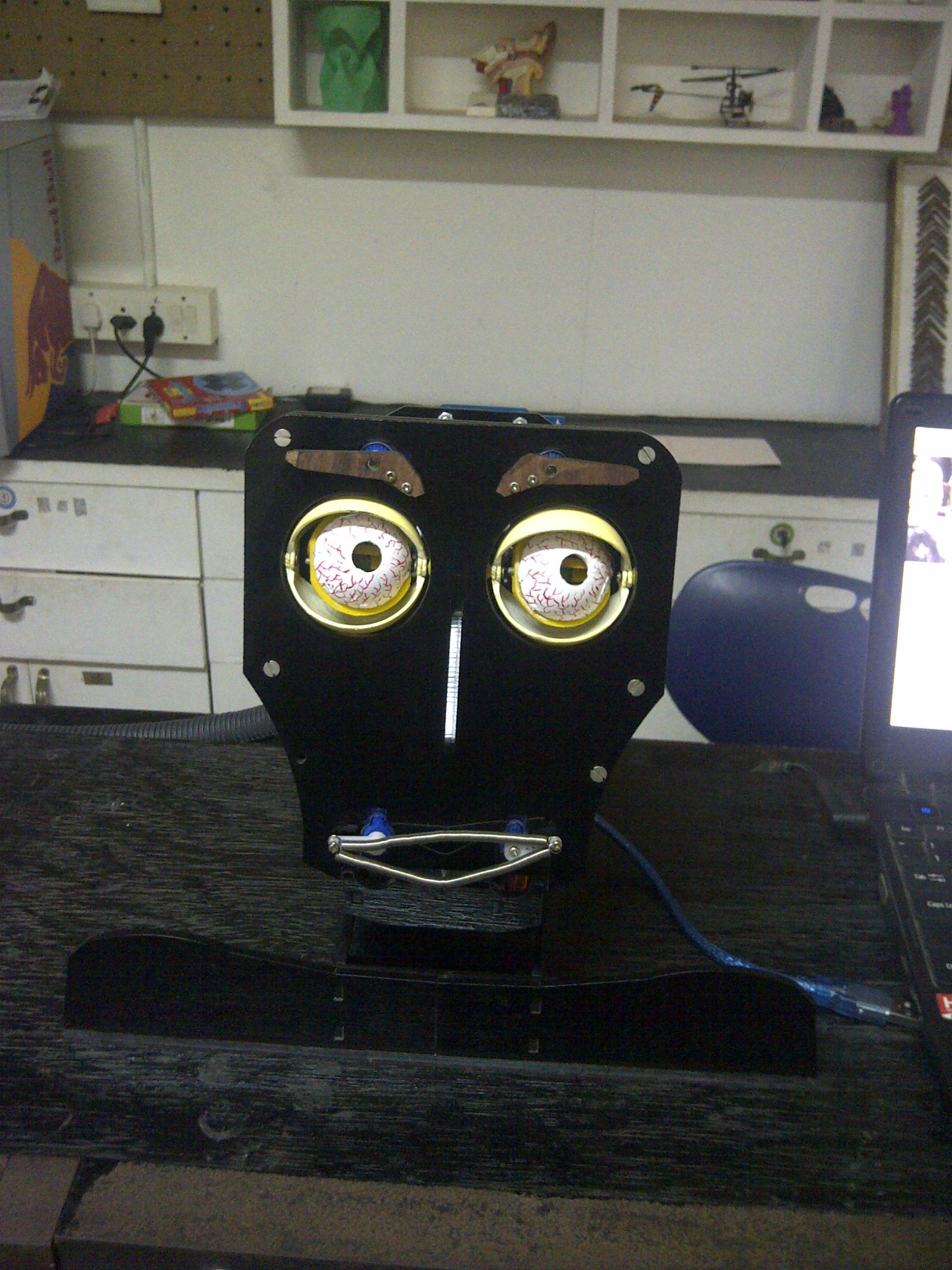 Picture of FRITZ - ANIMATRONIC ROBOTIC HEAD