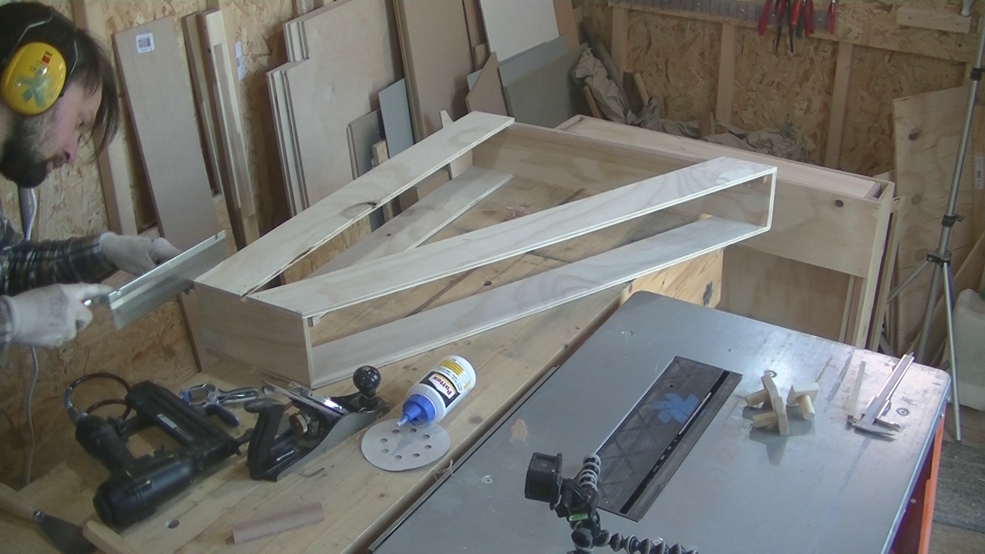 Picture of Attaching Rails