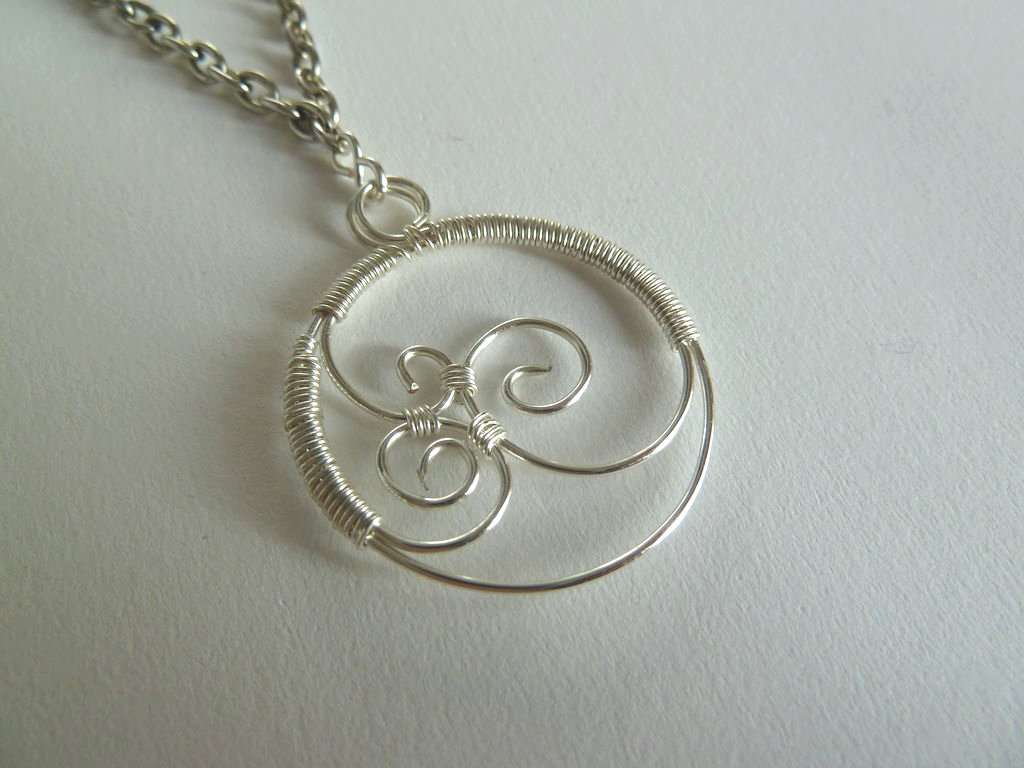Picture of Triple Swirl Wirework Pendant