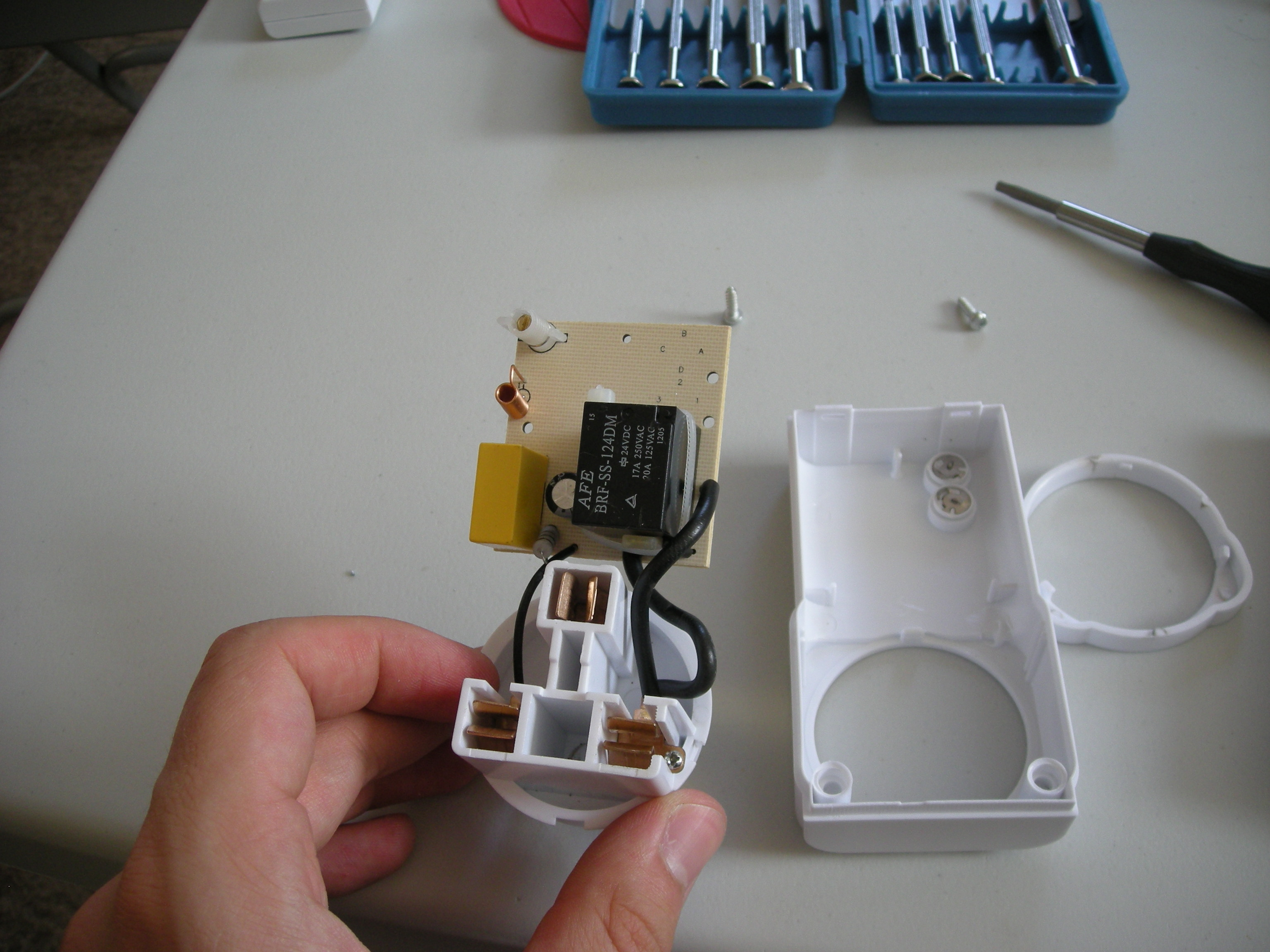 Picture of Taking Apart the RF Wall Sockets