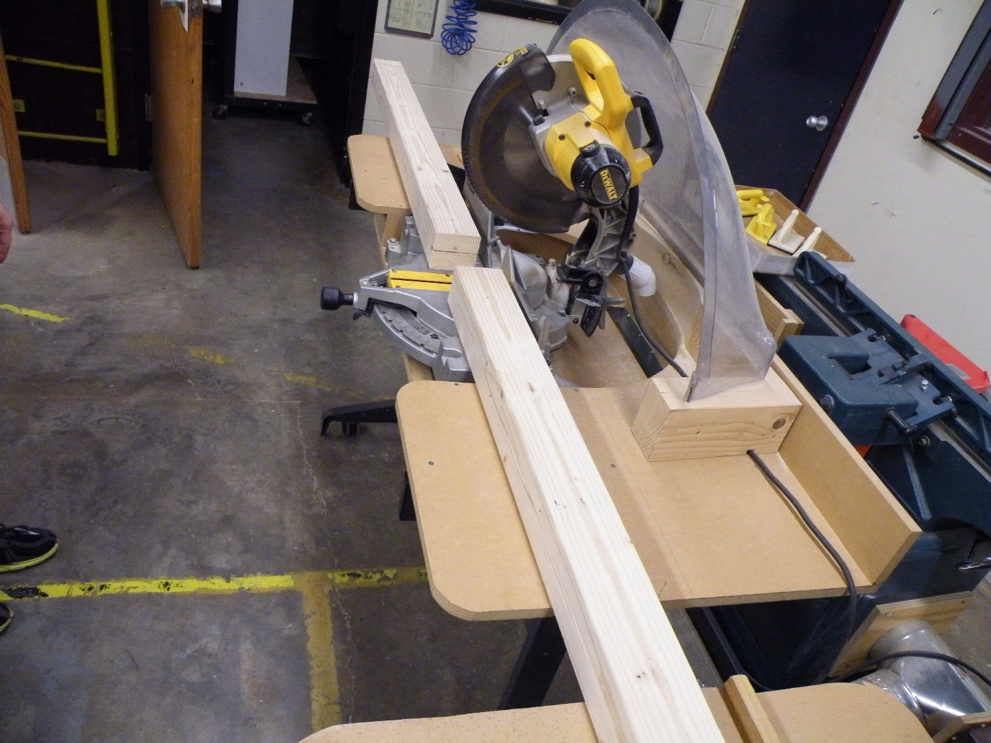 Picture of Power Miter Saw