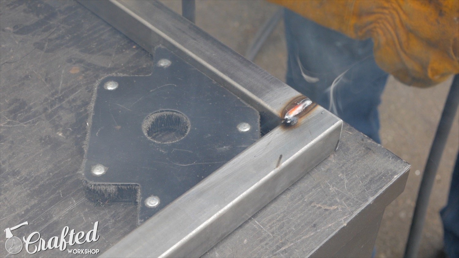 Picture of Weld the Legs to the Cross Stretchers