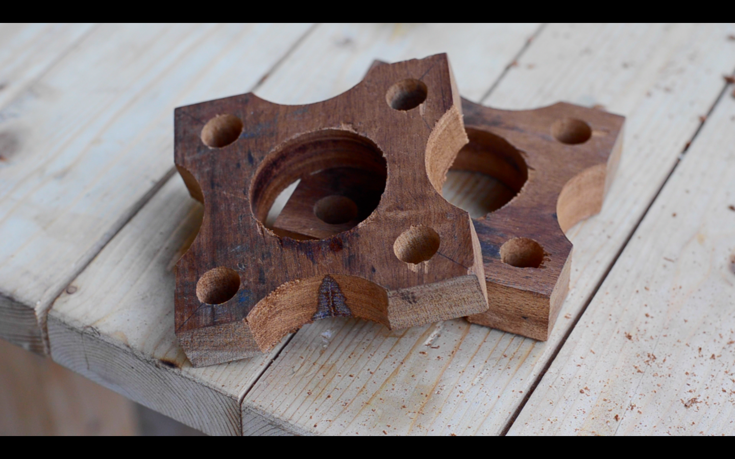 Picture of Shaping the Sides of Wooden Blocks