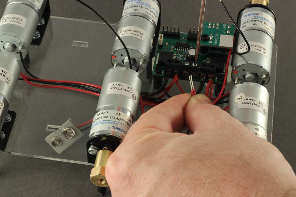 Picture of Connecting the Battery Strap and BattBorg to the PicoBorg