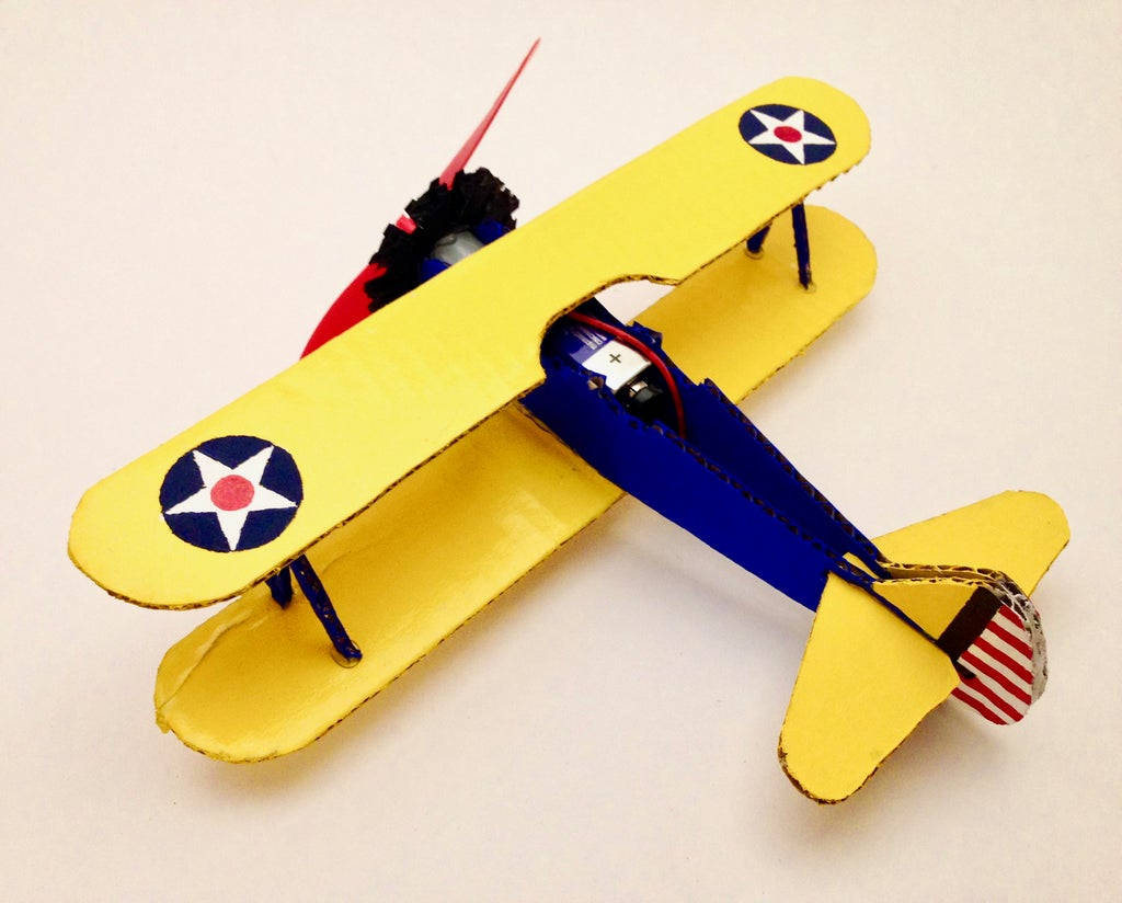 Cardboard Spinning PT-17 Stearman: 9 Steps (with Pictures)