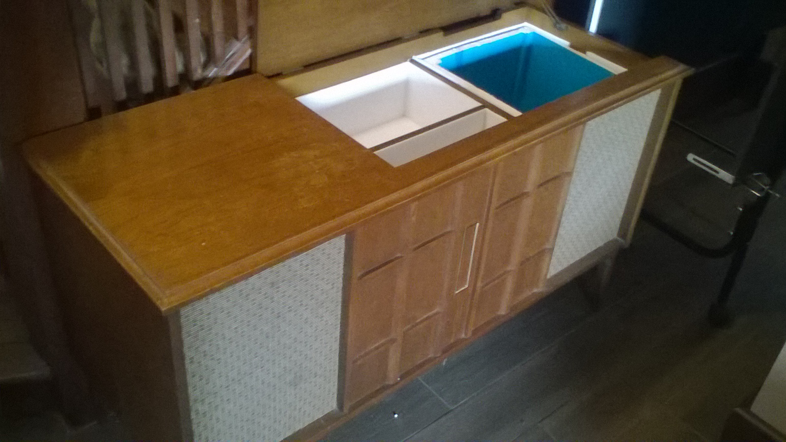 Picture of Old Record Player Coverted to a Minibar