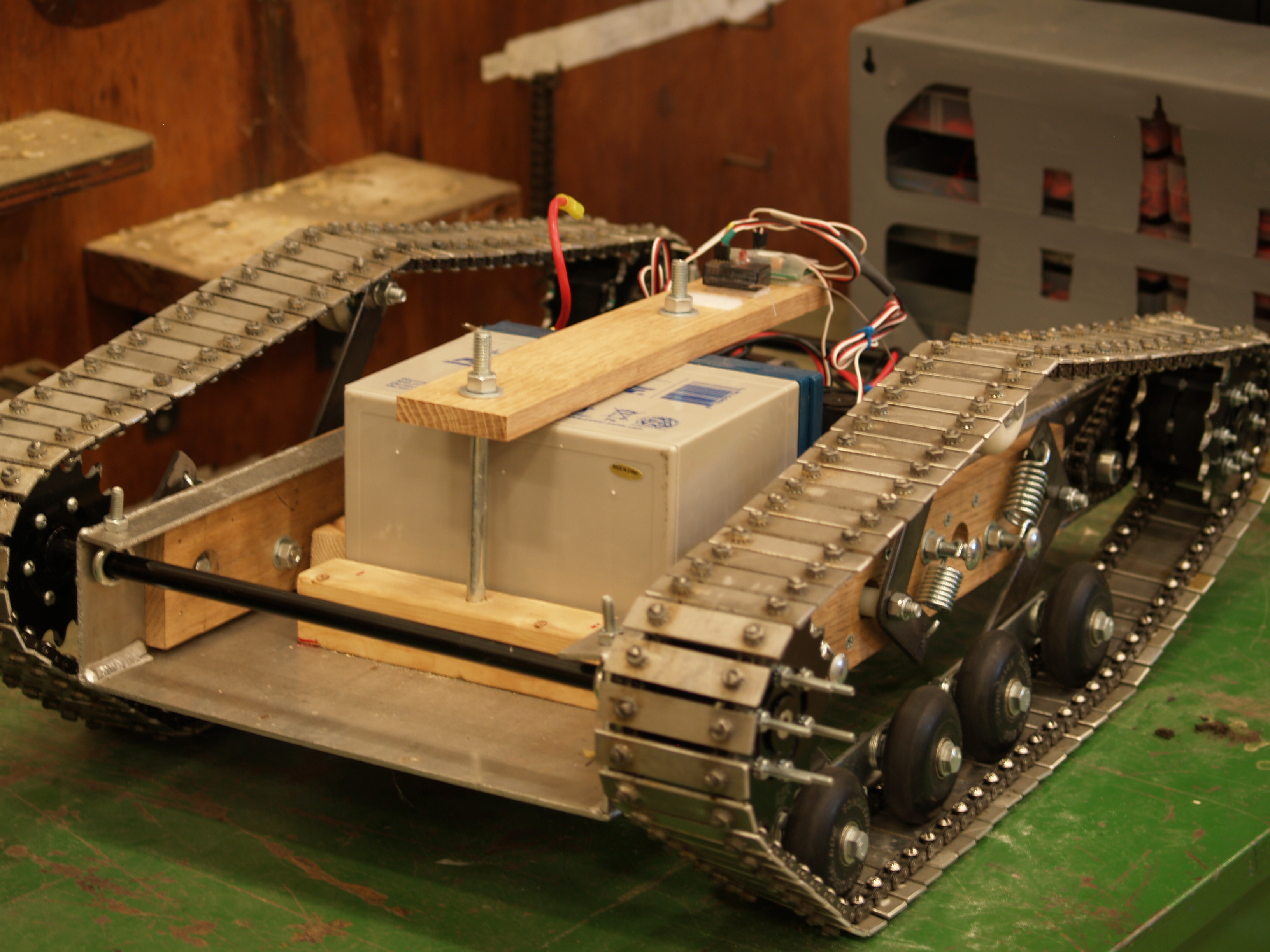 Picture of DIY Heavy Class R/c Vehicle- (electronics)