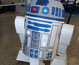 R2D2 Made With Arduino (R2D2 Hecho Con Arduino)