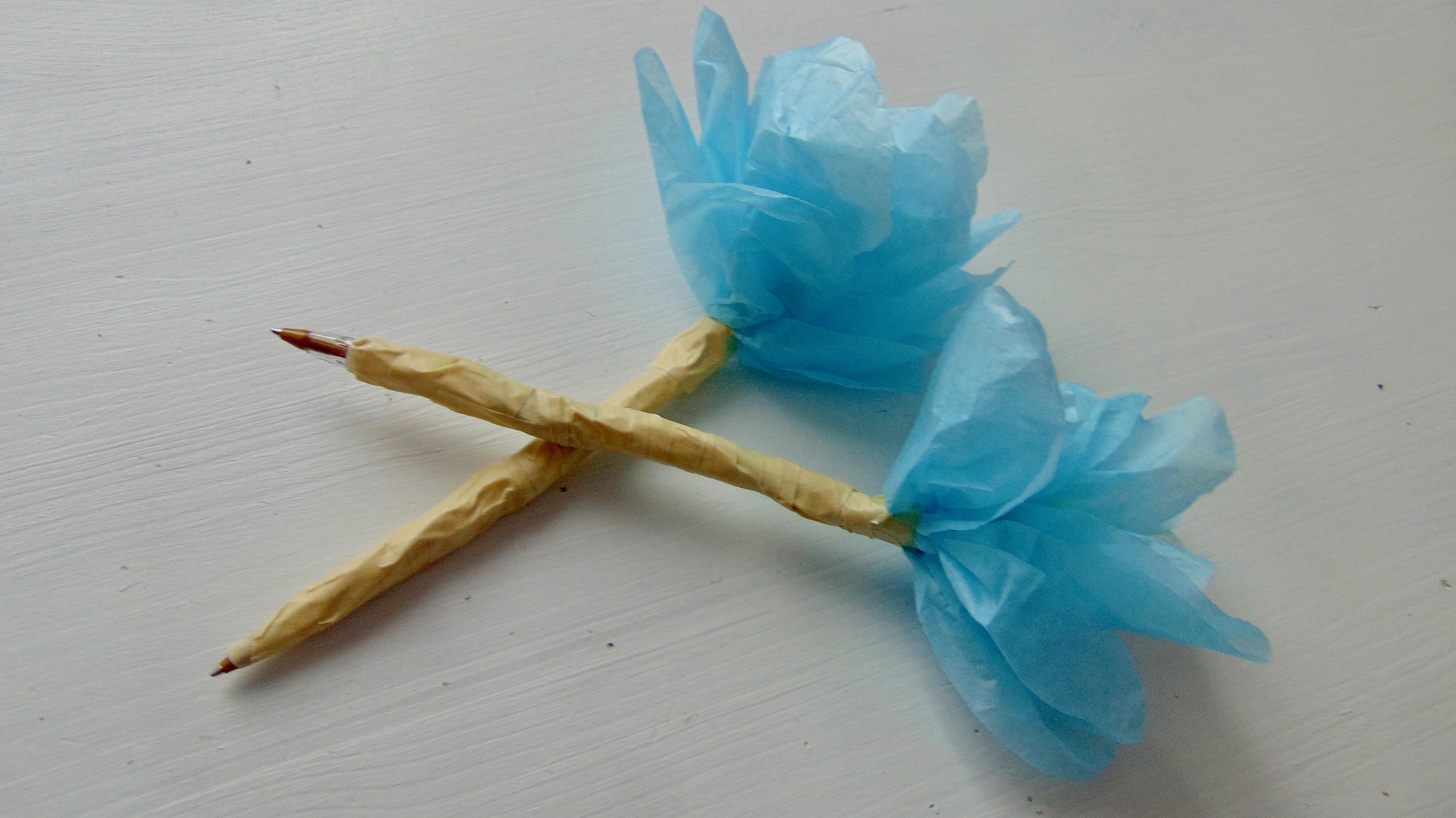 Easy tissue paper flower pen 6 steps with pictures picture of easy tissue paper flower pen mightylinksfo