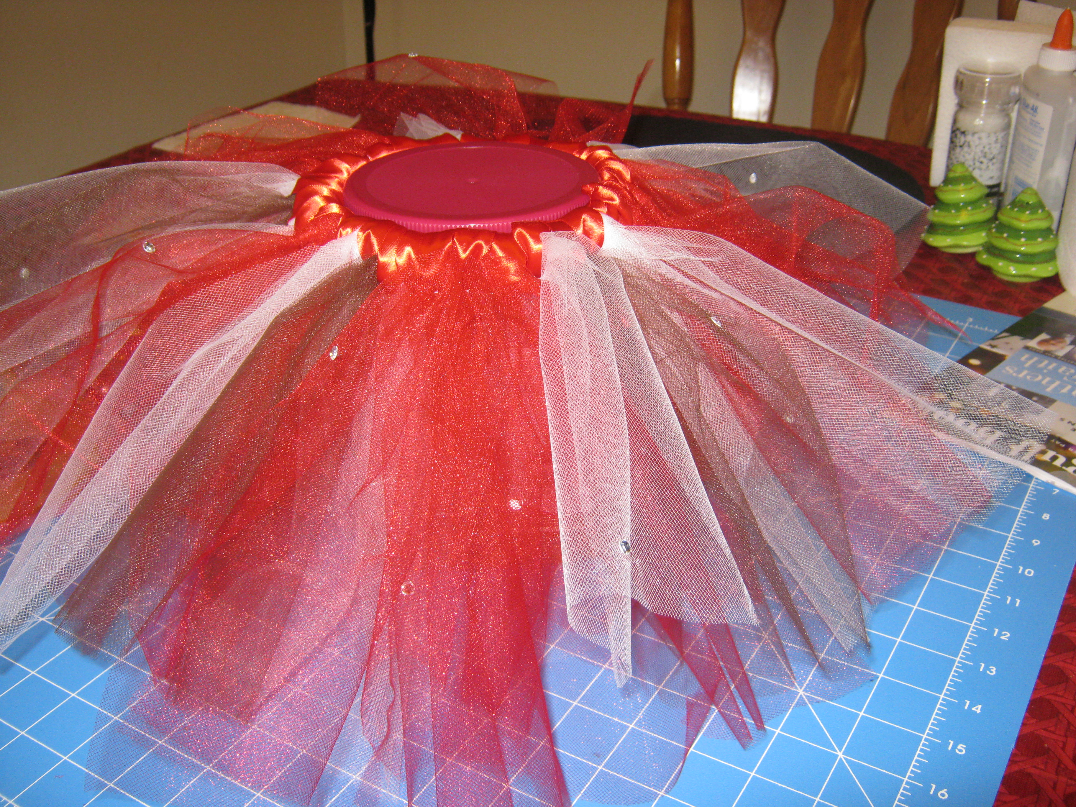 Picture of How to Make a NO SEW Tutu Using Pre Cut Tulle for Your Infant/Toddler