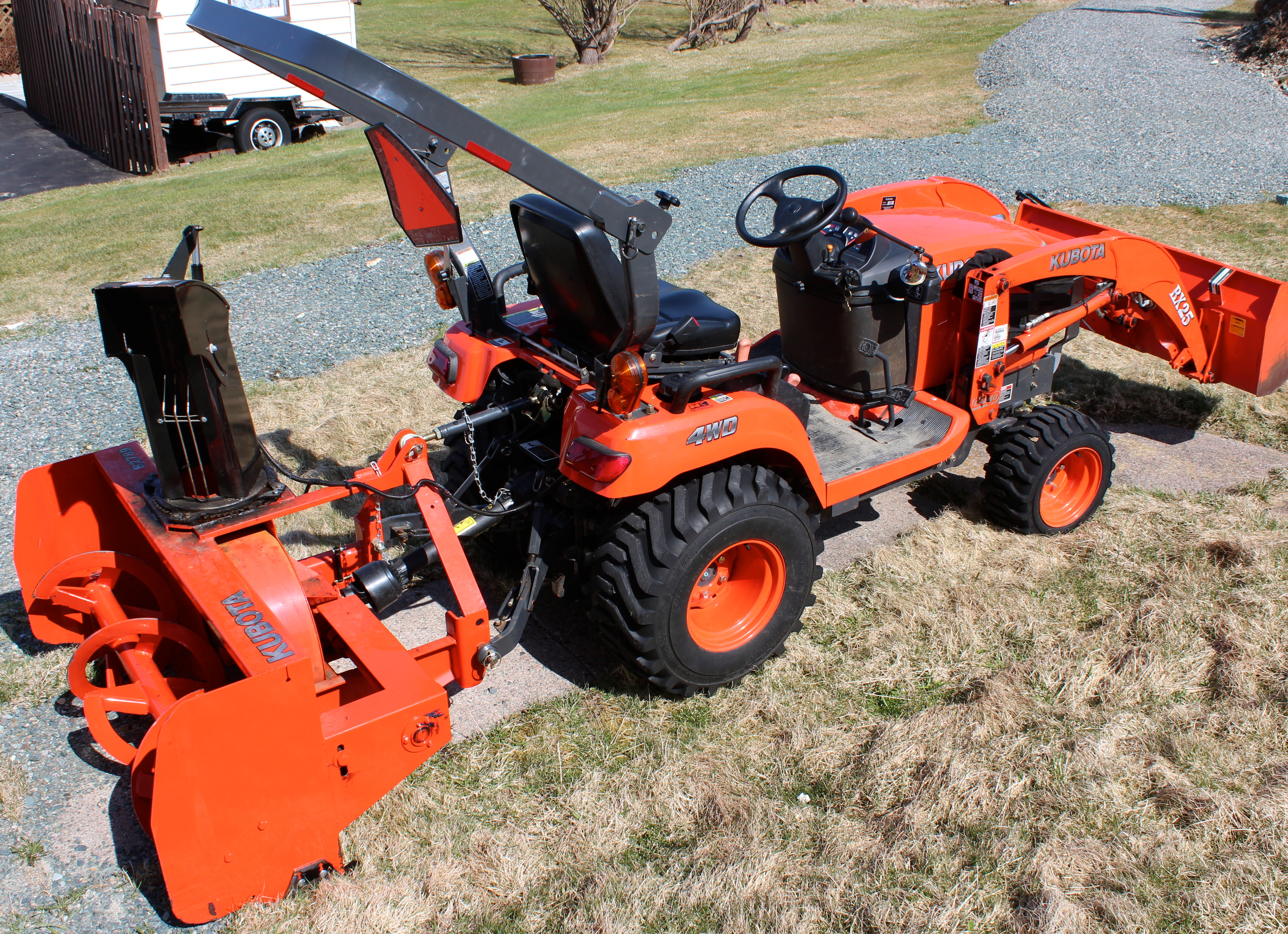 Picture of Removing Snowblower From Kubota Tractor