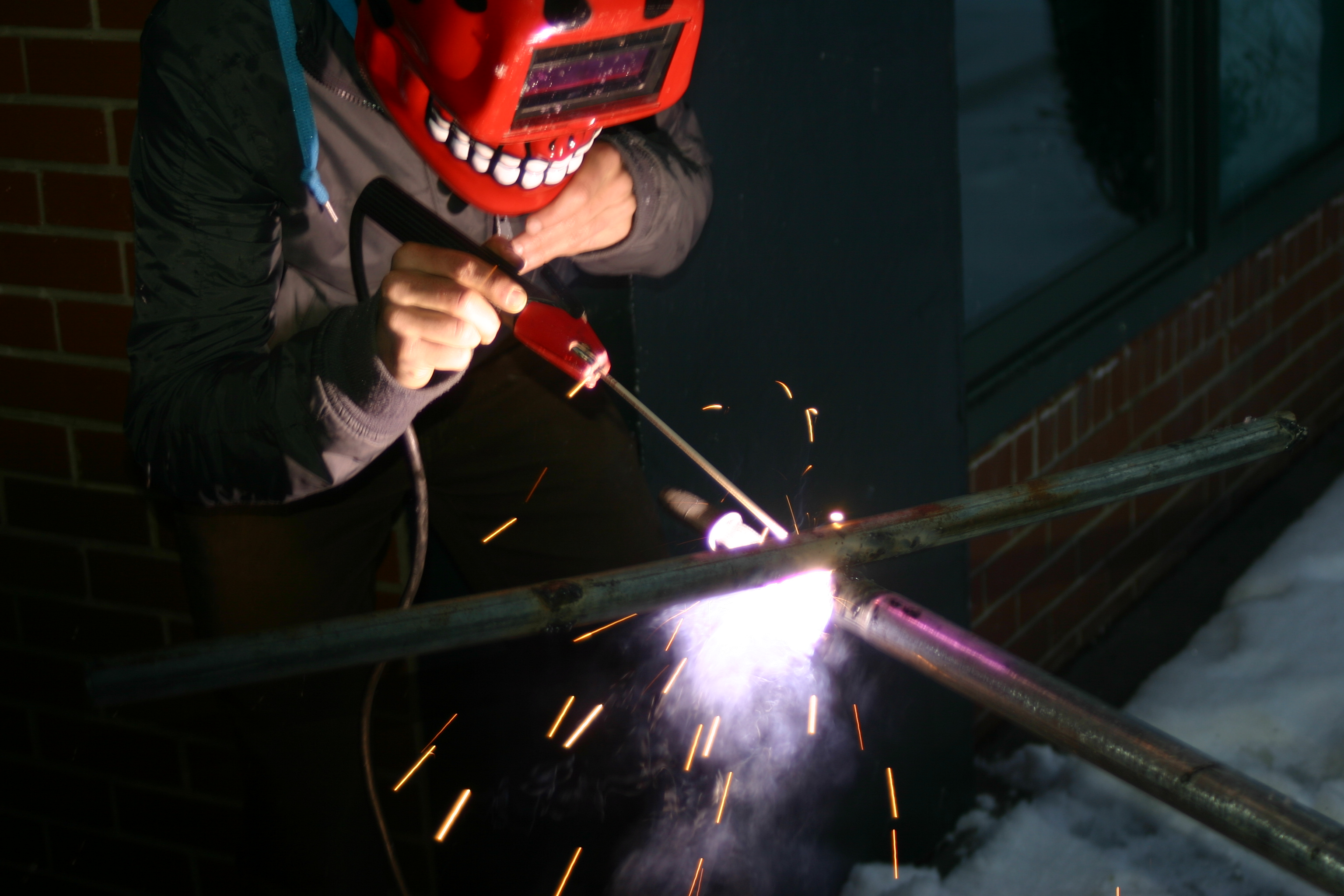 Picture of Learn to Weld, Without Instruction