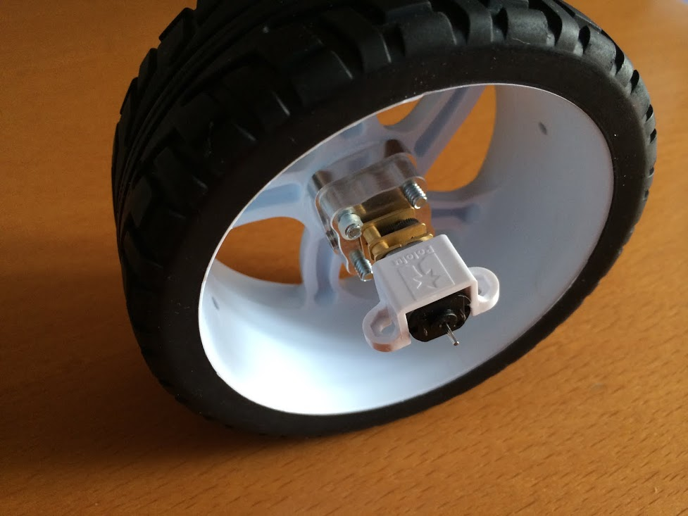 Picture of Mounting Wheels and Motors