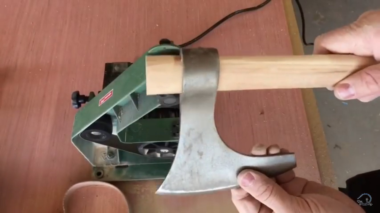 Picture of Sand Handle to Proper Dimension