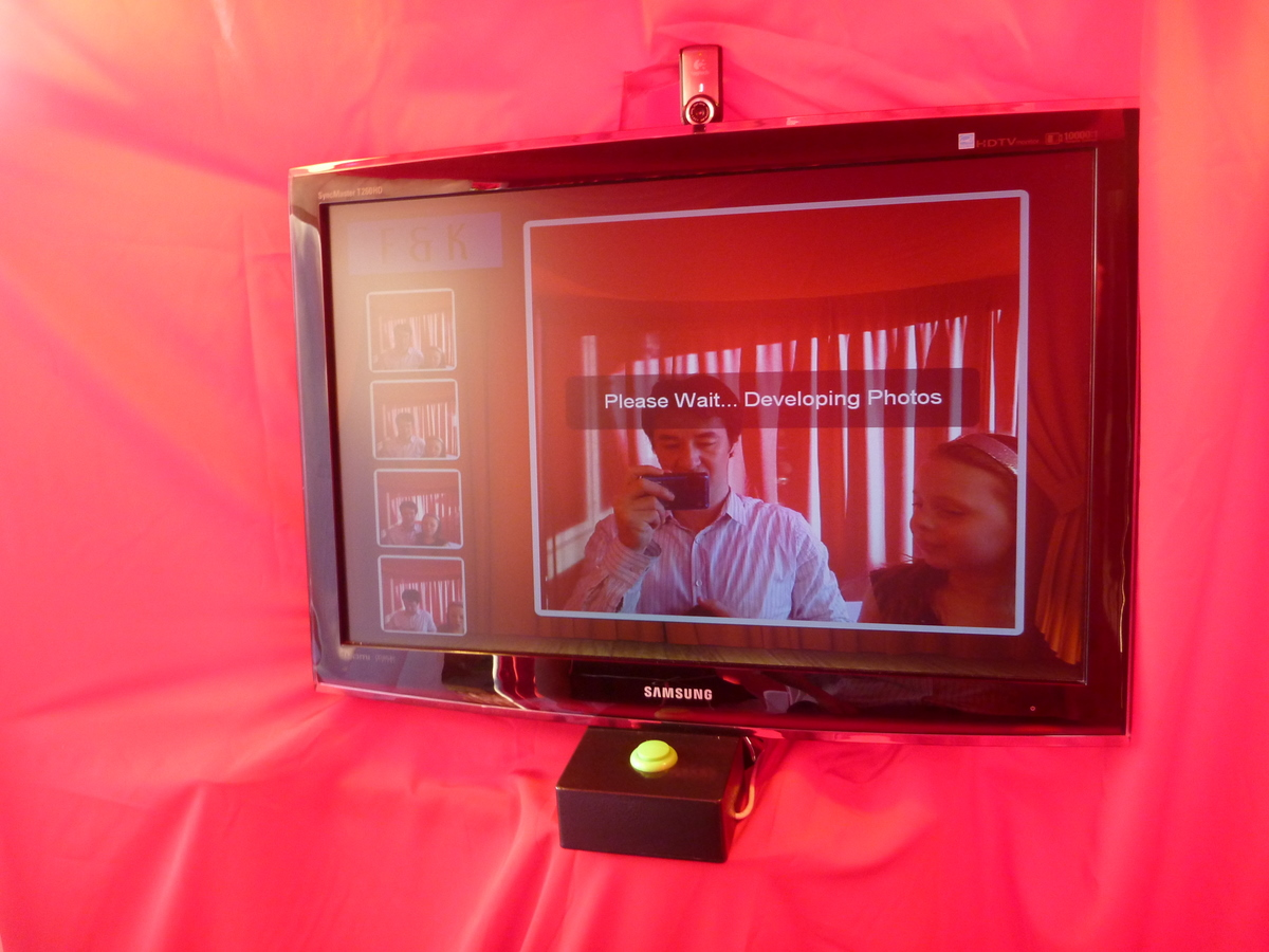 Picture of The DIY Photobooth With Lighting Control