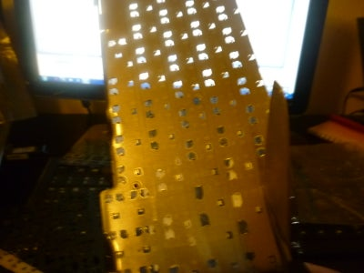 Cut the Aluminum Board (CAUTION! SHARP EDGES)