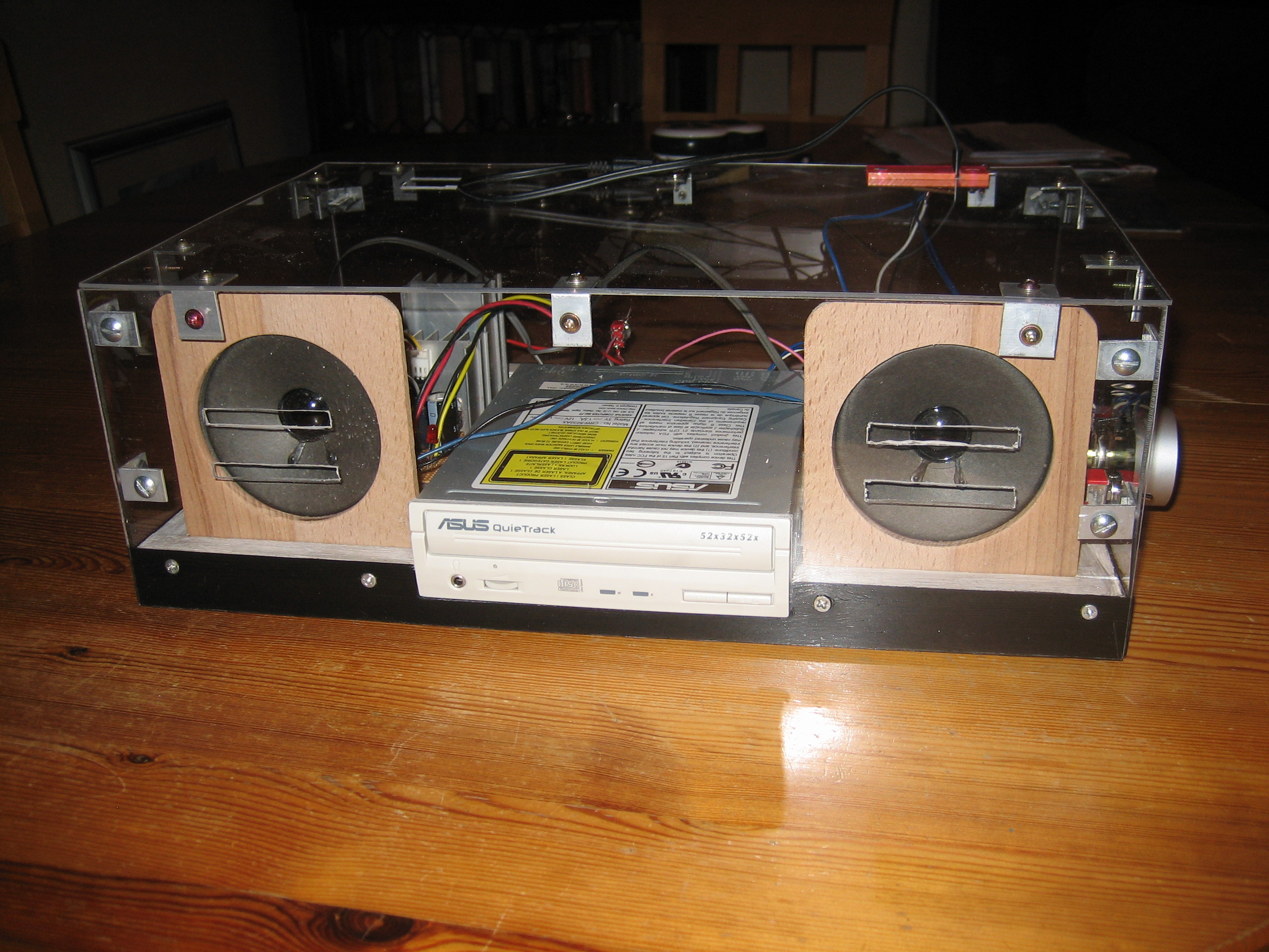 Picture of CD Player From Old CDROM