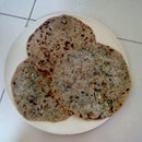 Gobi Paratha- Cauliflower Stuffed Flat Bread