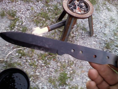 How I Made My First Knife, Bushcraft Style.