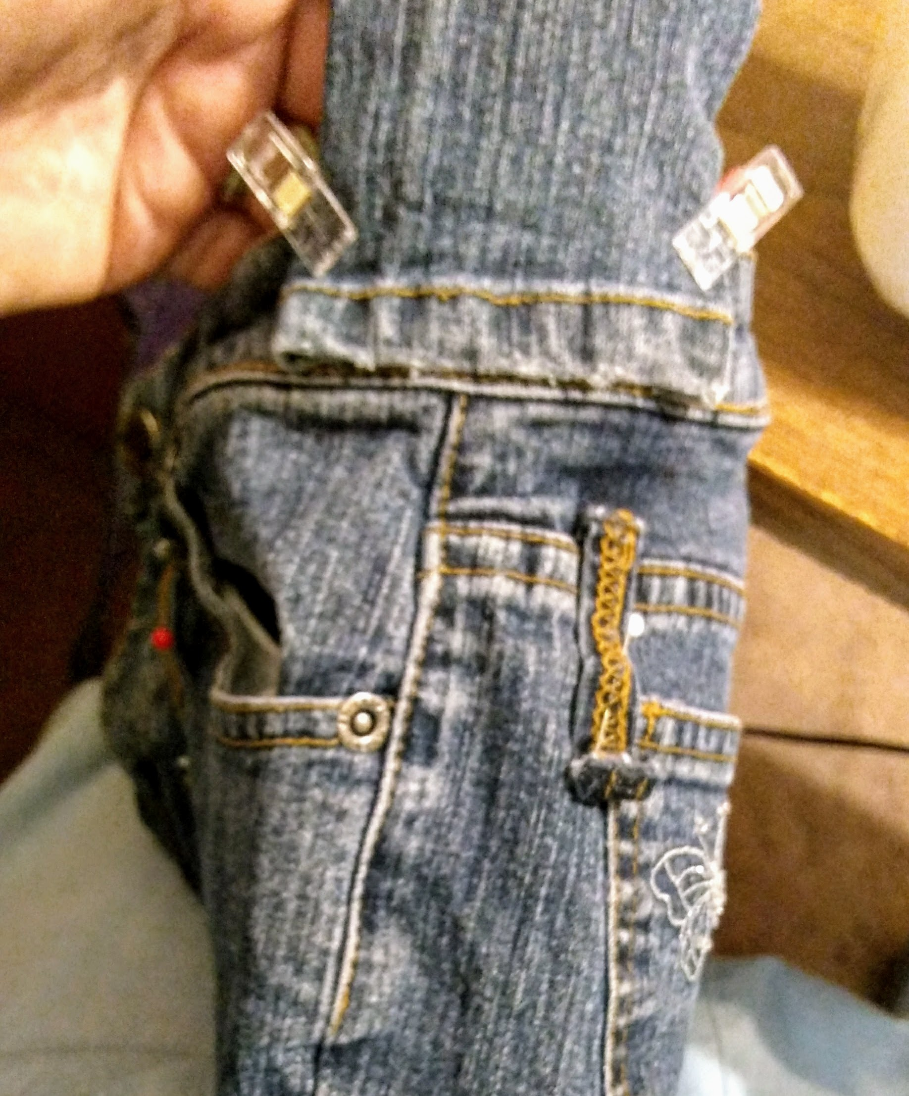 Picture of Making the Shoulder Strap