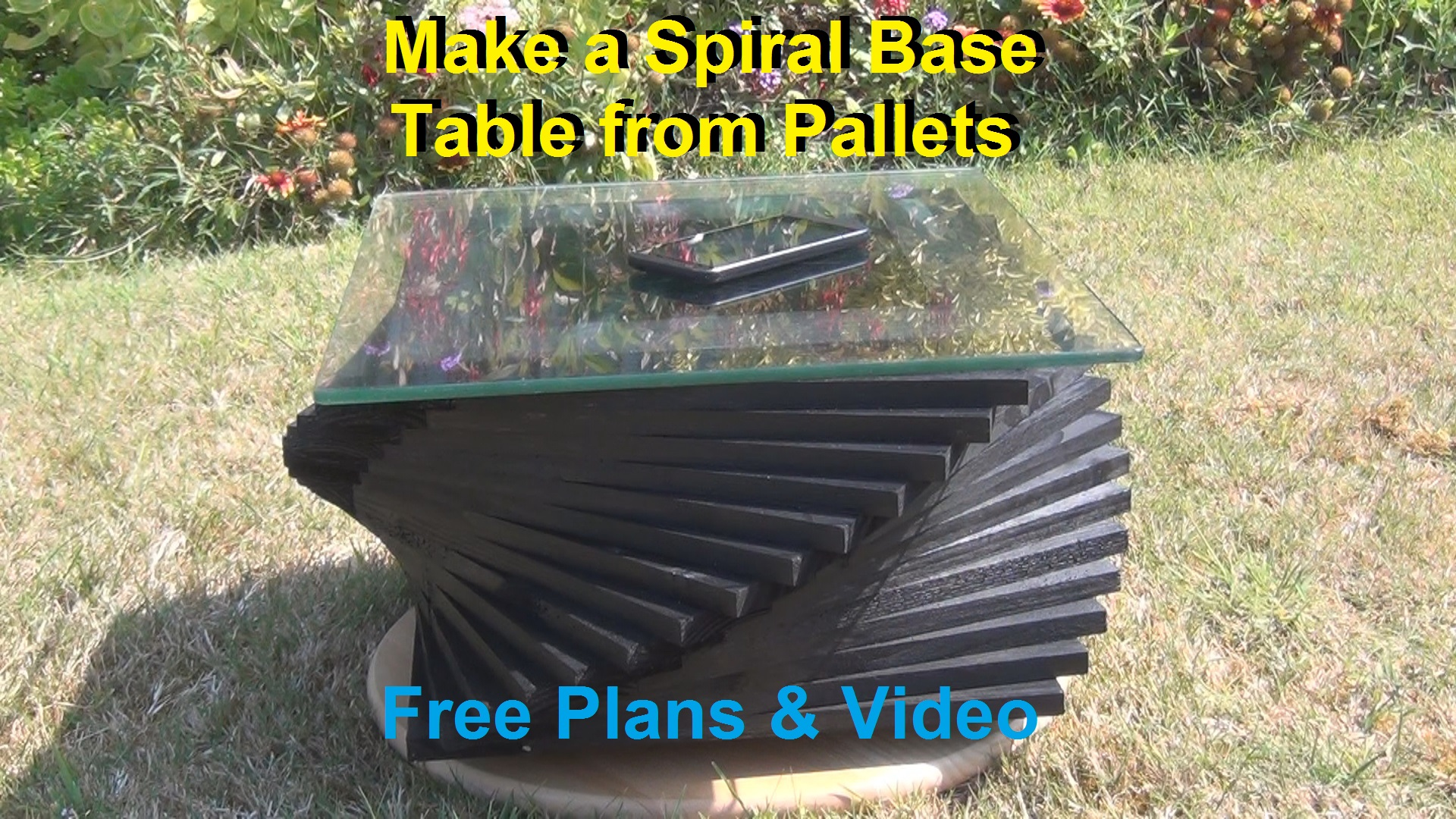 Picture of Spiral Table From Pallets