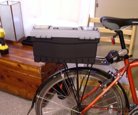 Lockable bicycle trunk