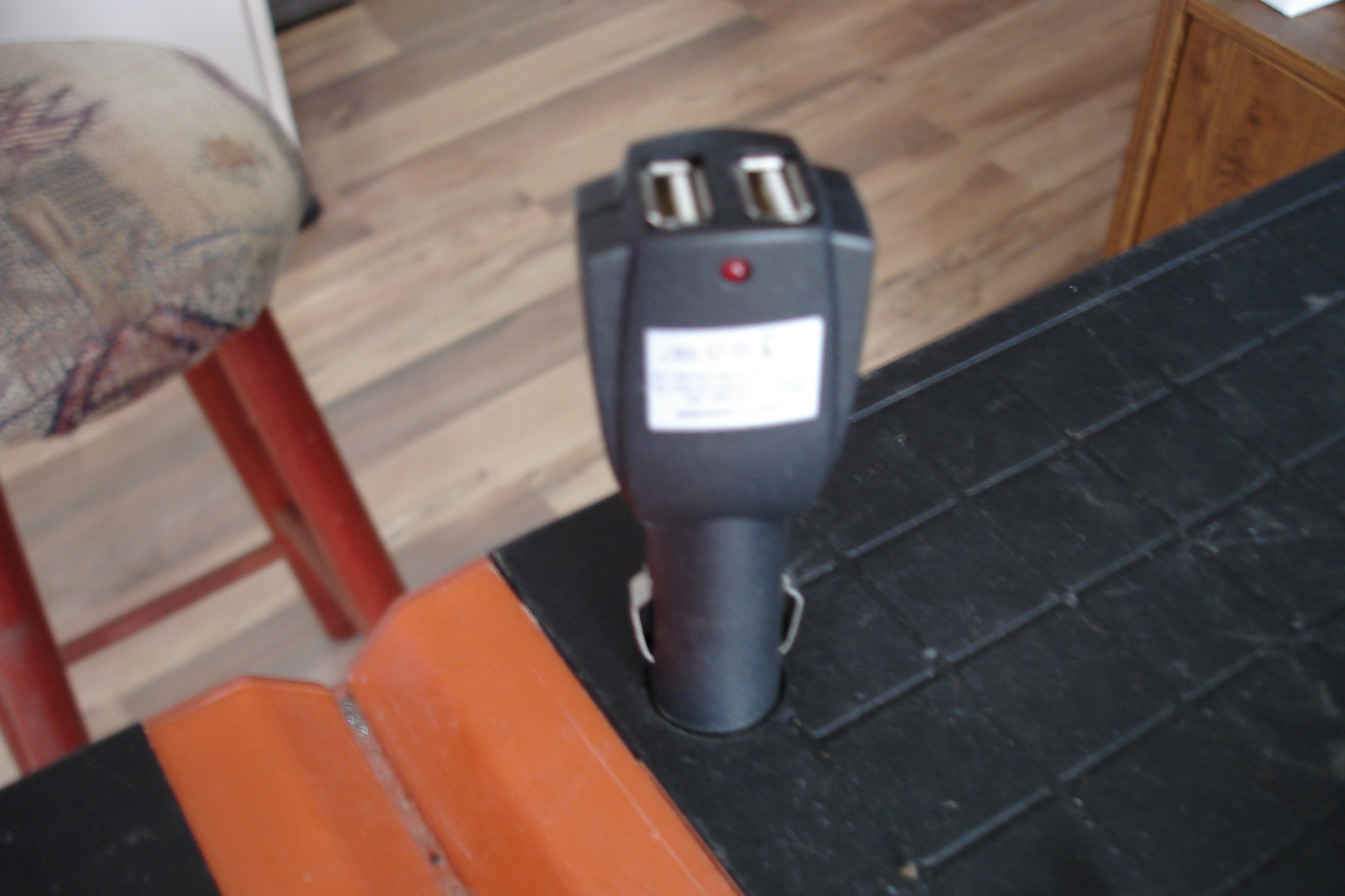 Picture of USB Charger From Makita Batteries