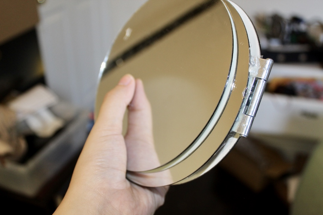 Picture of Foldable, Portable, Compact Triple Mirror Setup
