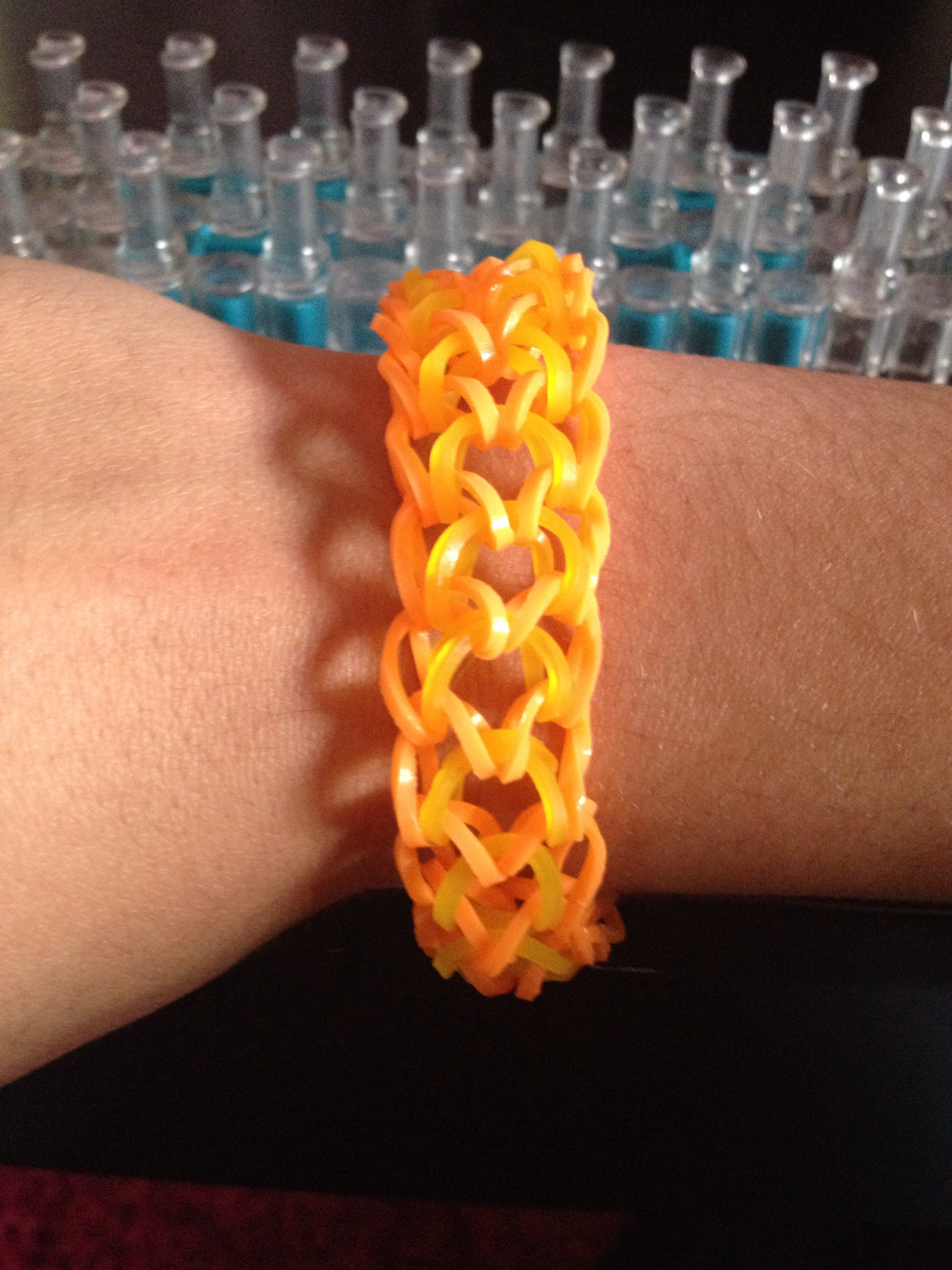Picture of Rainbow Loom Dragon Scale