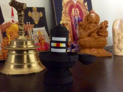 Quilled Shiva Lingam