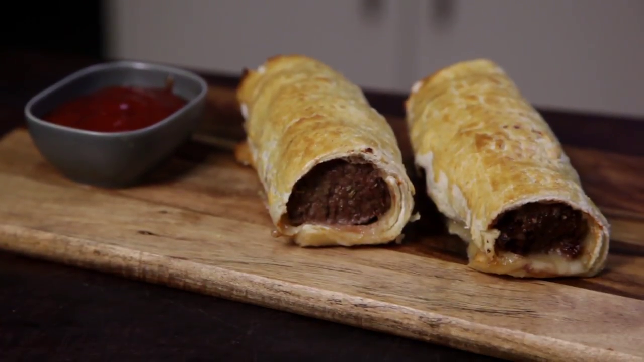 Picture of How to Cook Sausage Rolls