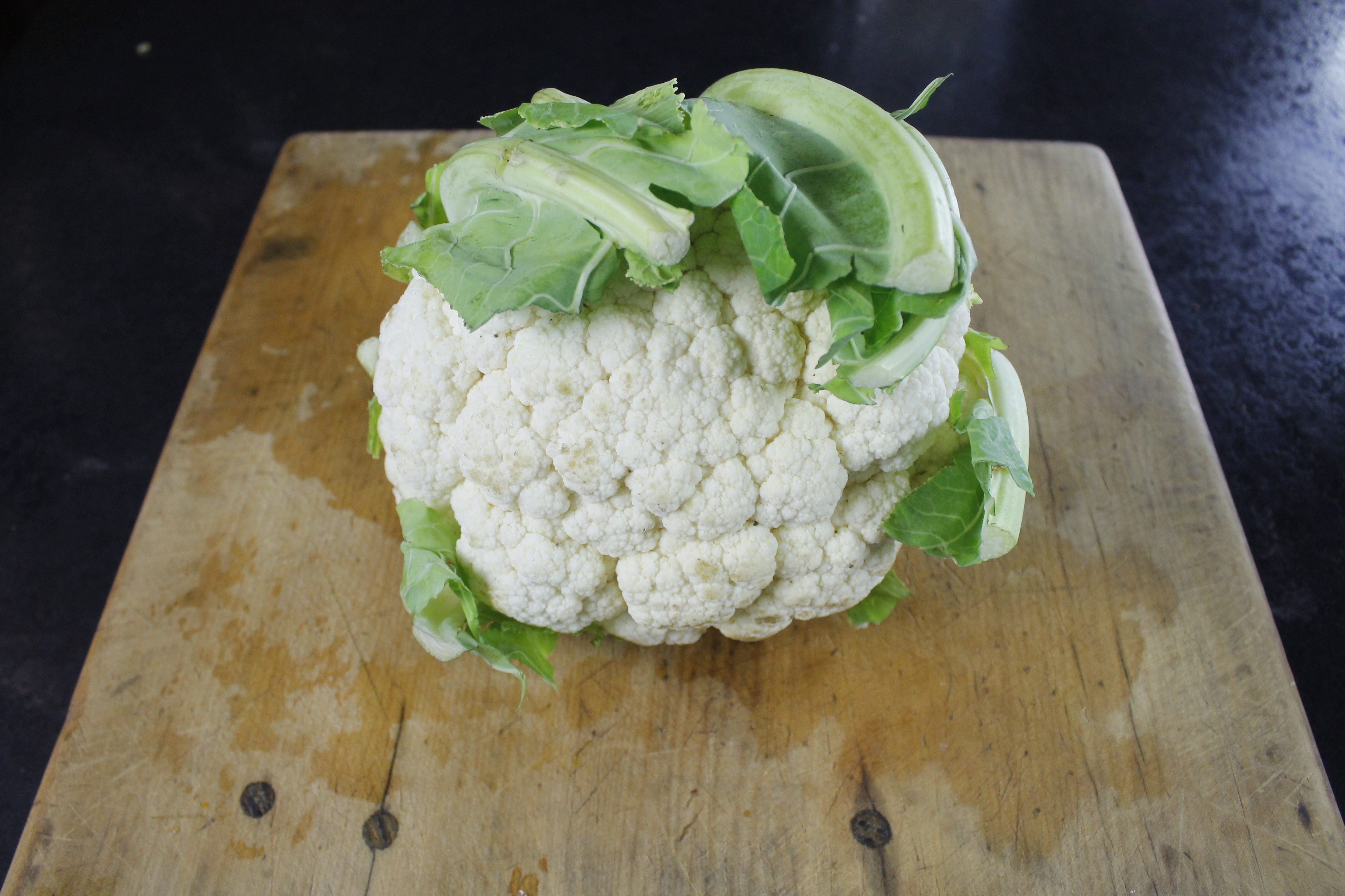 Picture of How to Cut Up and Puree a Cauliflower