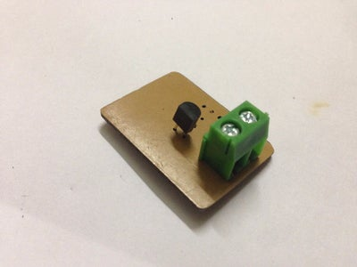 Solder BC547 Transistor