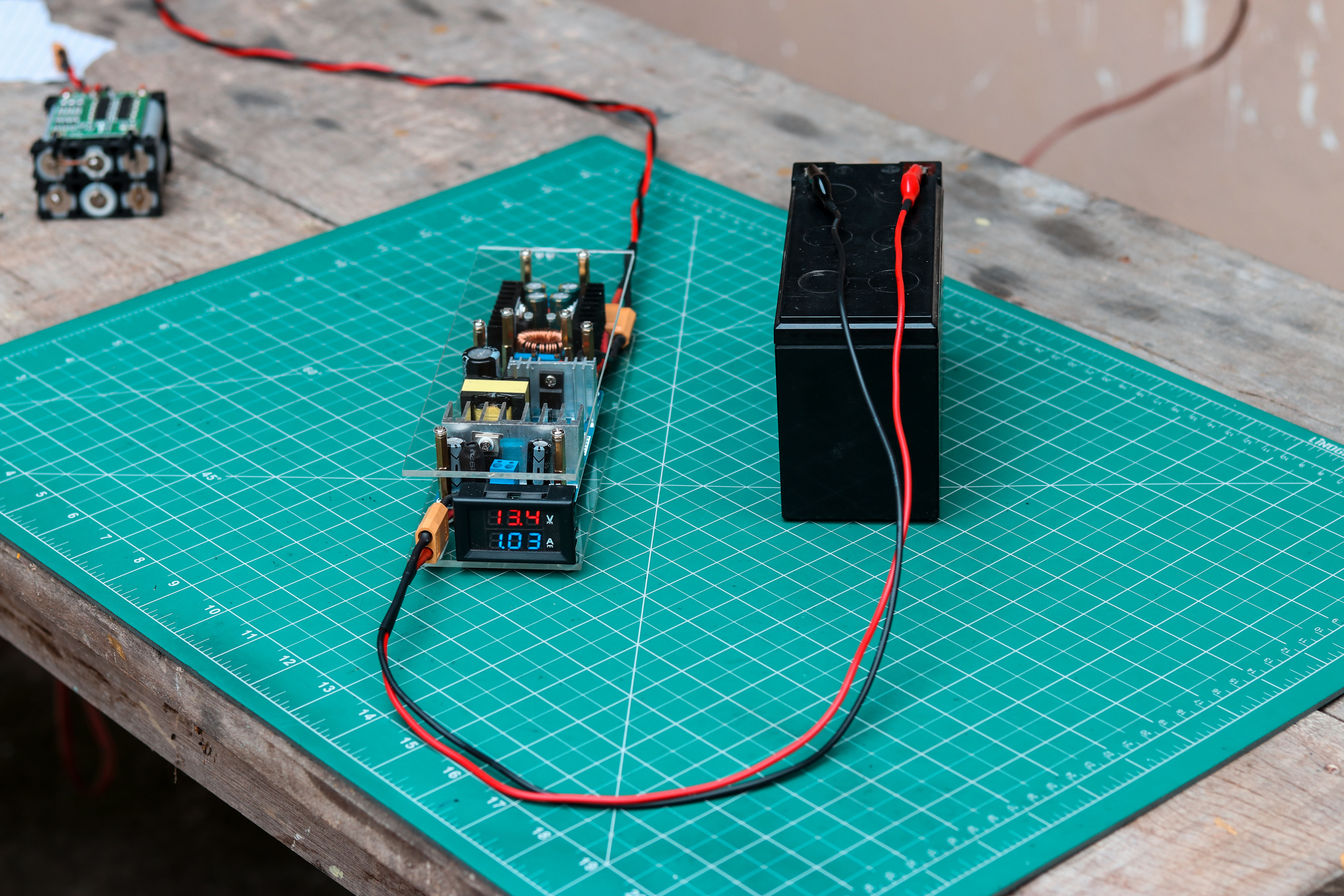 Picture of How to Make an Automatic 12V Battery Charger