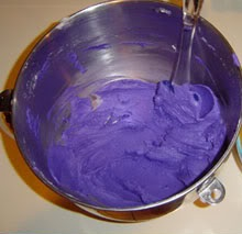 Picture of MIX the Frosting!