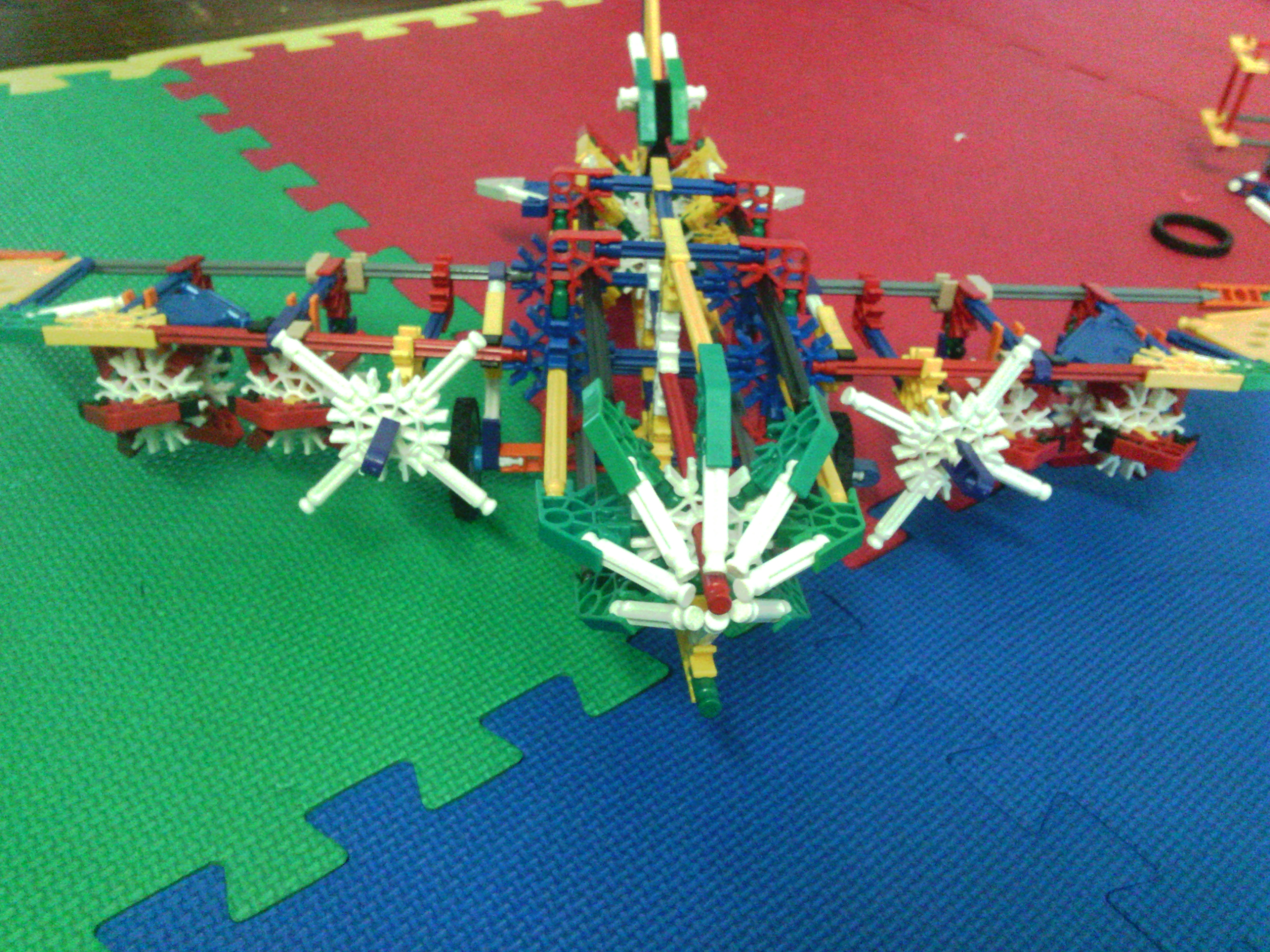 Picture of K'NEX Bomber
