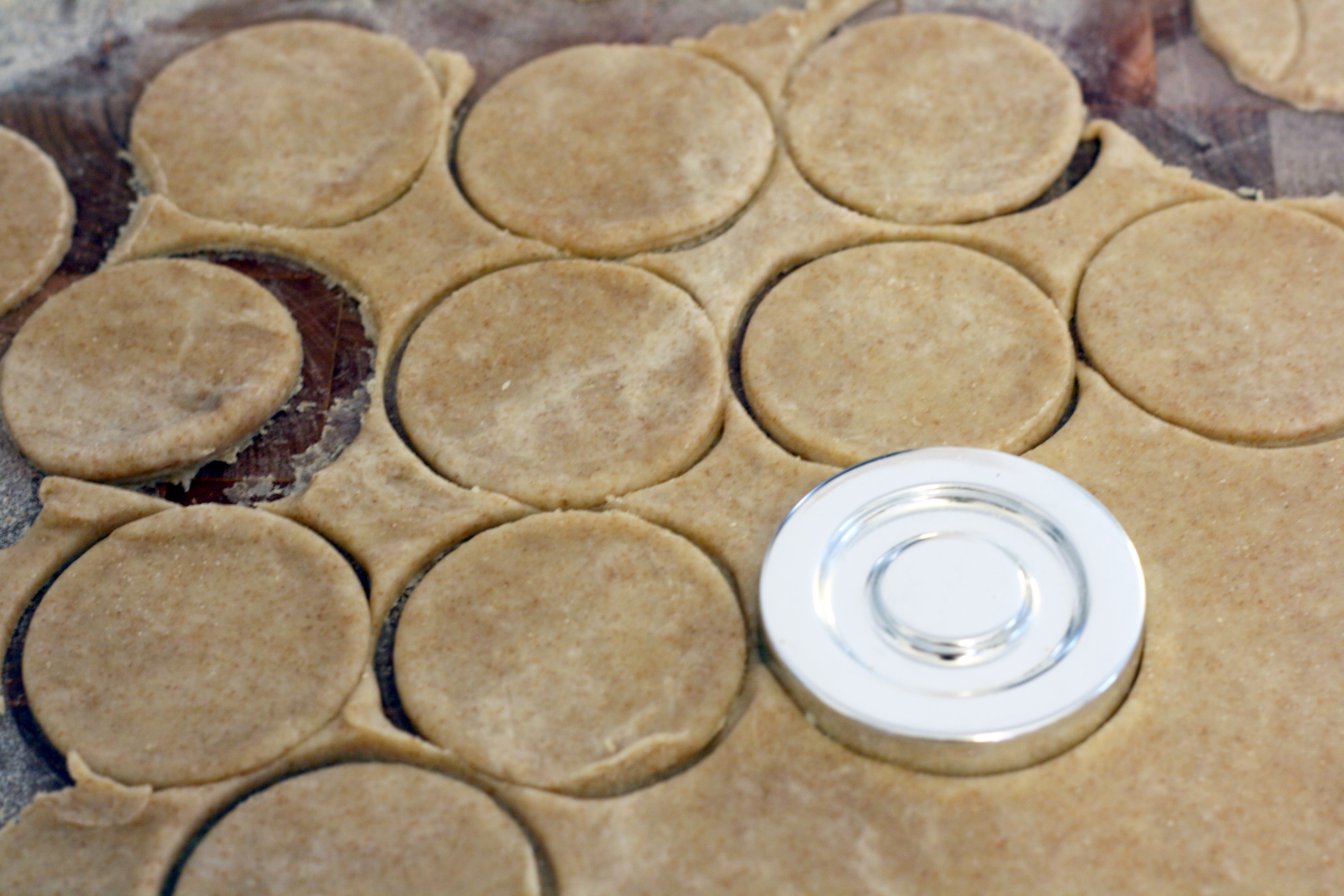 Picture of Cut Pie Crusts