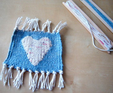 How to Weave on a Frame Loom