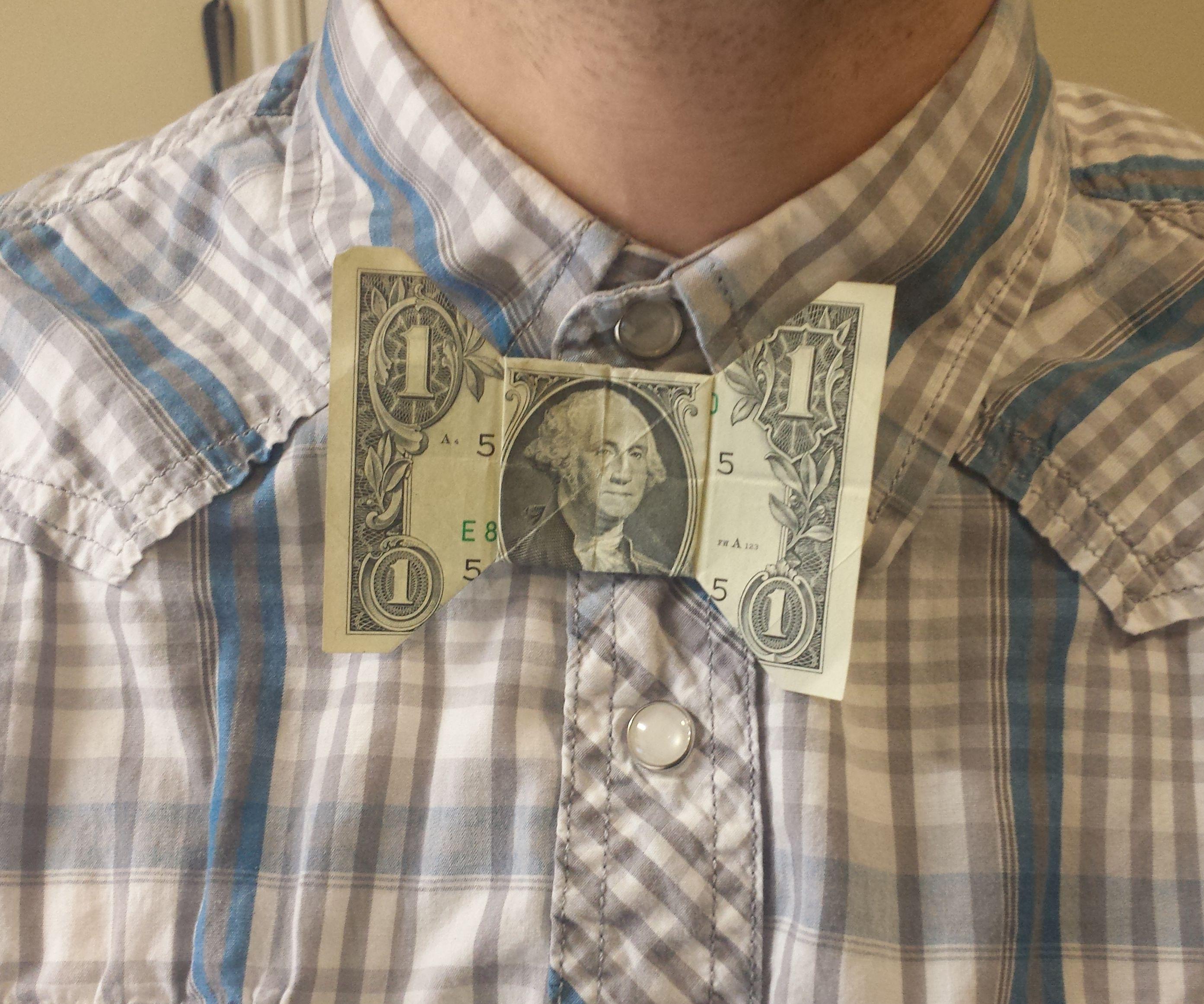 Dollar Sign bow tie