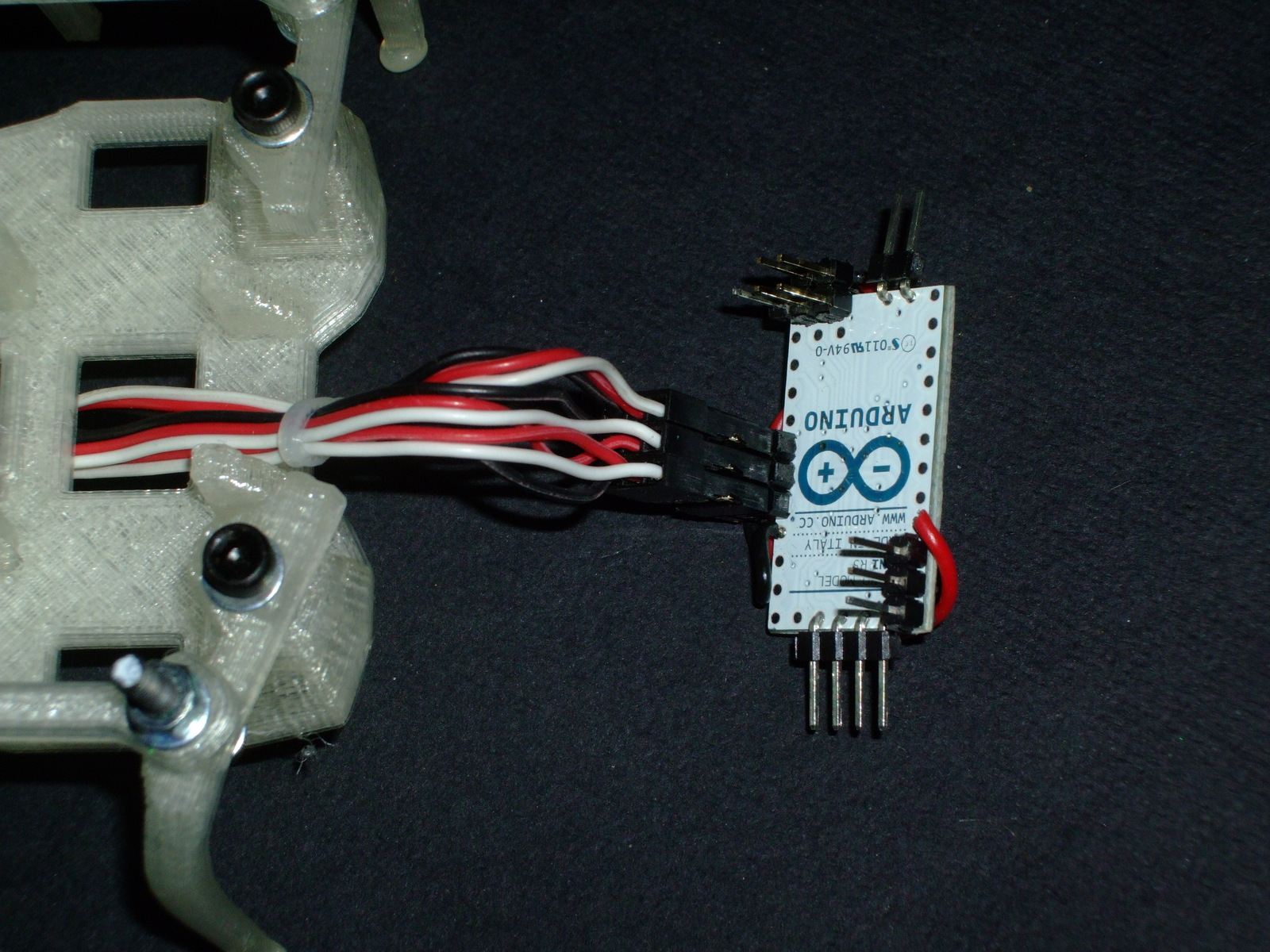 Picture of Connect Motors to Arduino and Power