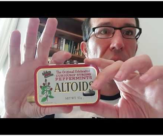 The World's First Vacuum Cleaner in an Altoids Tin