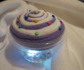Simple No-Sew 5 Minute Cupcake Pincushion