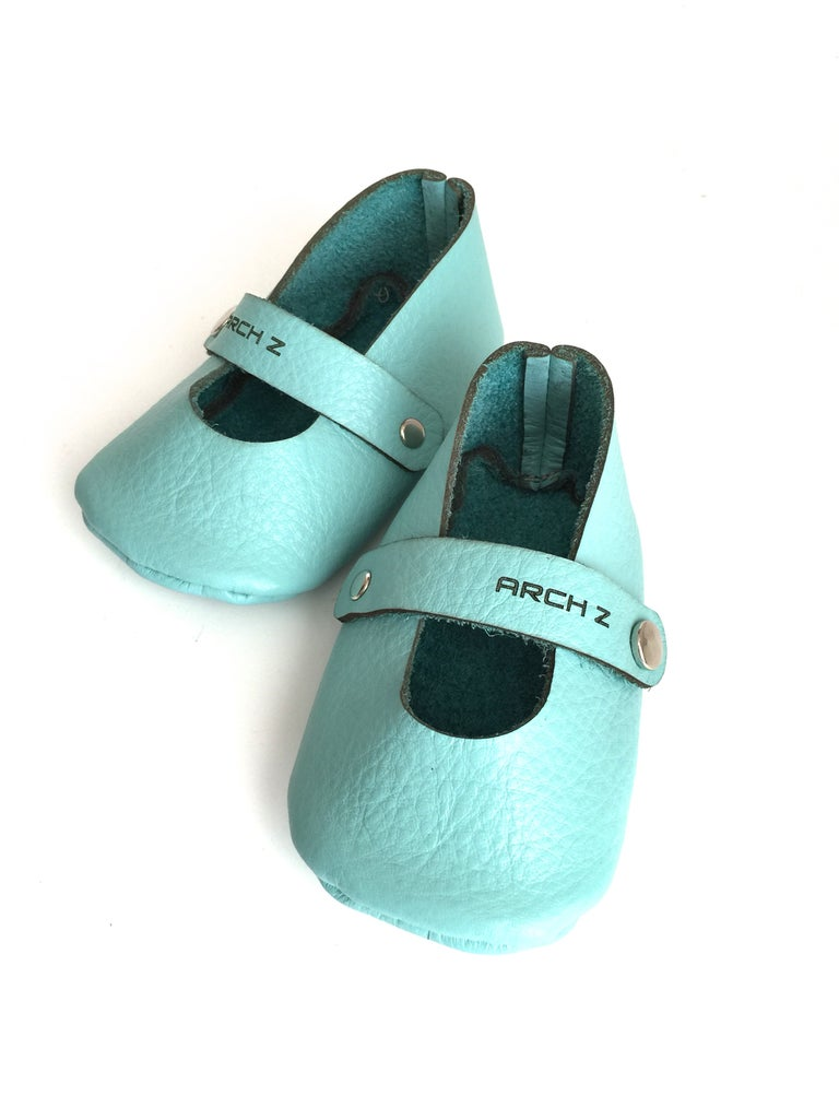 73cc40e8254a7 Make Leather Baby Shoes (Mary Janes for a Baby Girl): 6 Steps (with ...