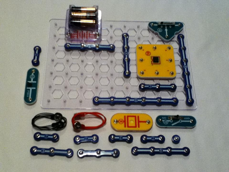 Picture of Snap Circuits Conductivity Tester