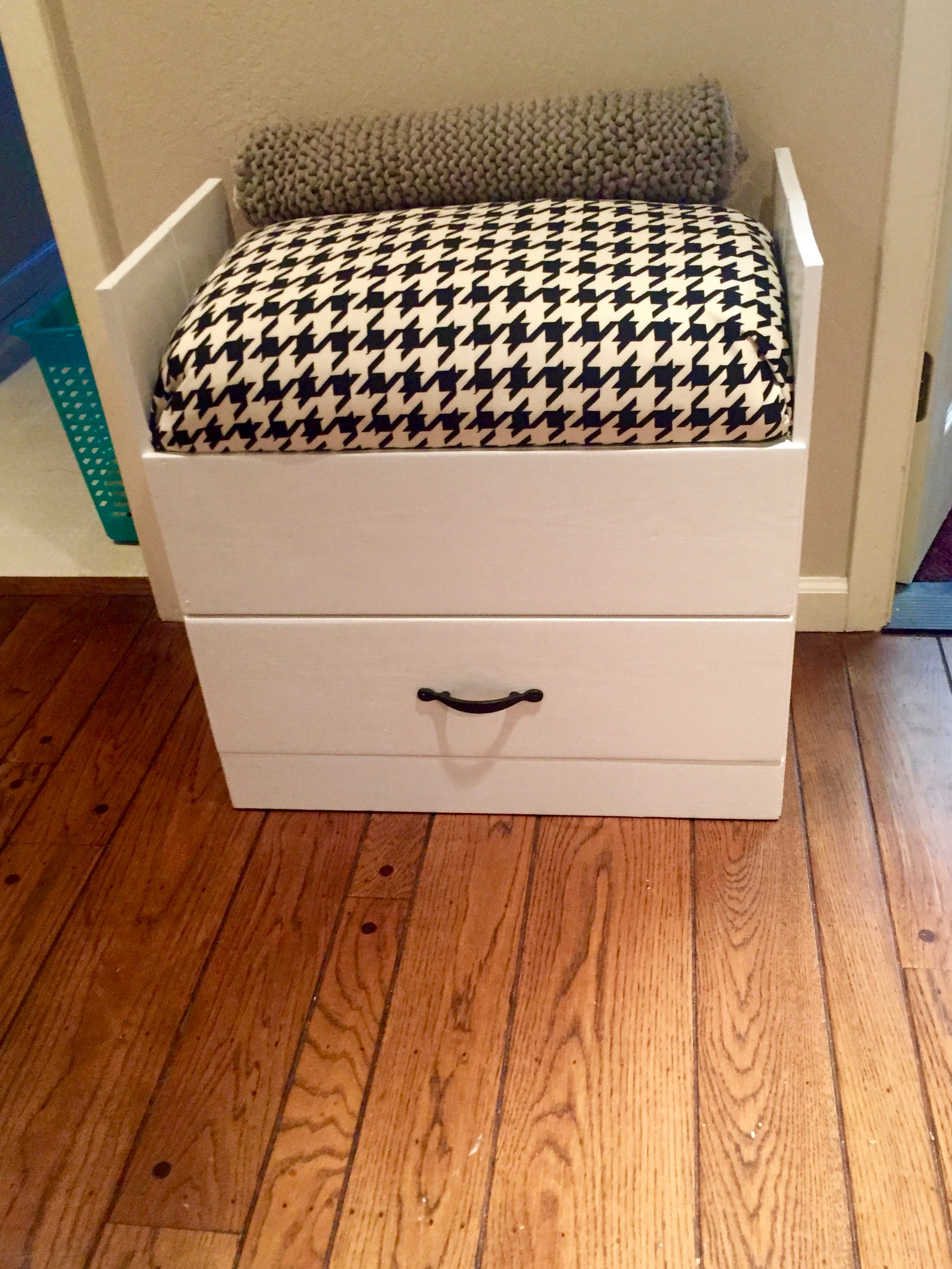 Picture of Upcycle a Dresser Into a Bench