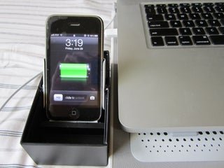 IPhone Docking Station (Simple/Cheap)